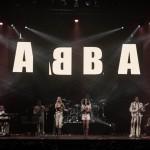 2015-07-31-dancing-queen-abba-show-live-10_19674344084_o